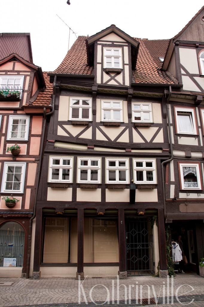 schiefes Fachwerkhaus in der Altstadt Hannoversch Münden